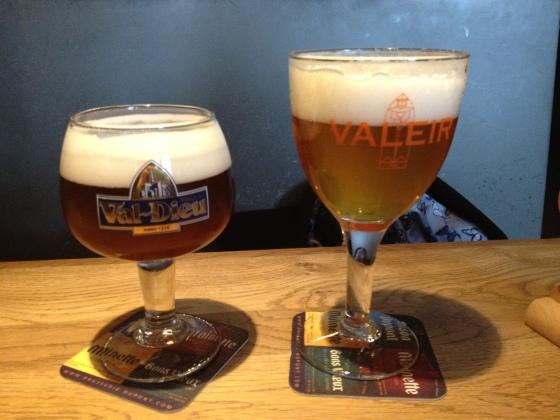 Pre-route beers in Moeder Lambic
